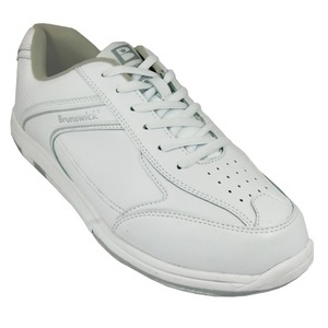 Brunswick Youth Flyer White Size 3 Only